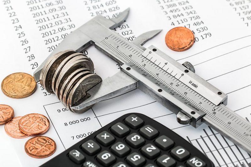 """costos fijos """"ancho ="""" 600 """"altura ="""" 400 """"srcset ="""" https://todomuestras.es/wp-content/uploads/2020/01/_578_Cómo-preparar-un-presupuesto-familiar.jpg 800w, https: //www.ahorradoras .com / wp-content / uploads / 2019/04 / funds-225x150.jpg 225w, https://www.ahorradoras.com/wp-content/uploads/2019/04/gastos-768x512.jpg 768w, https: / /www.ahorradoras.com/wp-content/uploads/2019/04/gastos-50x33.jpg 50w, https://www.ahorradoras.com/wp-content/uploads/2019/04/gastos.jpg 960w """"datos -sizes = """"(ancho máximo: 600px) 100vw, 600px"""