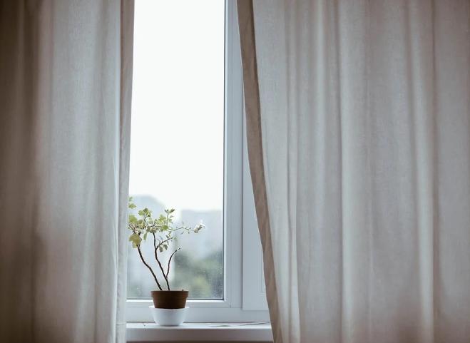 como lavar cortinas en casa